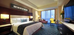Family Package - Deluxe Double or Twin Room