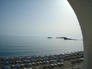 Photo of Lymiatis Beach Hotel