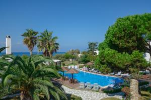 Photo of Alkyoni Beach Hotel