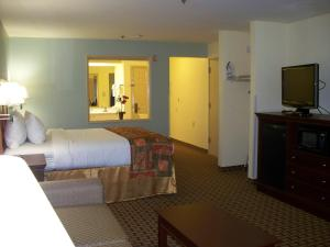 King Suite with One King Bed and One Queen Bed - Non-Smoking
