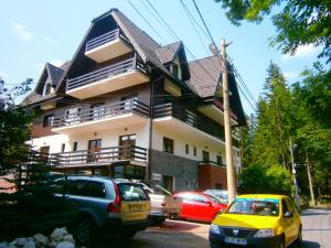 Photo of Hotel Silvia Apart Sinaia