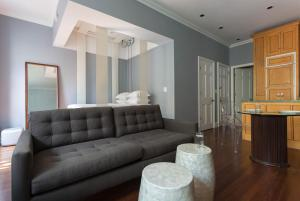One-Bedroom Apartment - Central Park Studio