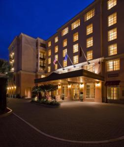 Photo of Renaissance Charleston Historic District Hotel, A Marriott Luxury & Lifestyle Hotel