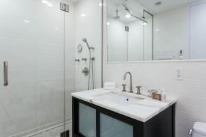 Two-Bedroom Apartment - Lexington Place III