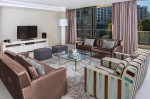 Superior Three-Bedroom Apartment with Balcony or Patio