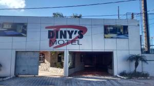 Dinys Motel Adults Only