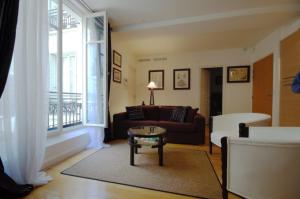 Photo of Ile St Louis Modern Apartment 4 Persons
