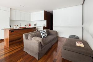 Two-Bedroom Apartment with Terrace - Cooper Place
