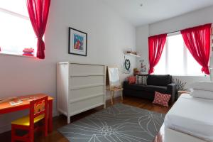 Three-Bedroom Apartment -  Union Square South