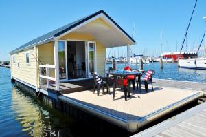 Photo of Best Marine Waterchalets Flevo Marina