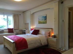Halebarns House - Airport Boutique Guest House in Hale, Greater Manchester, England