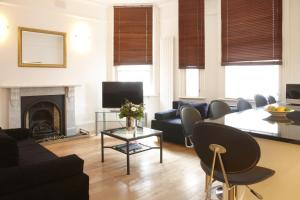West End 2 Double Bedroom Apartment in London, Greater London, England