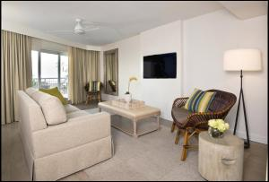 Superior King Suite with Sofa Bed