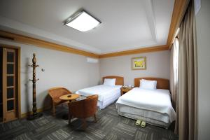 Hotel Savoy, Hotels  Changwon - big - 4