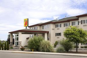 Photo of Super 8 Central Point   Medford