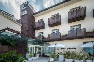 Photo of Hotel Jolanda