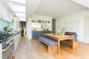 Four Bedroom House in Crouch End in London, Greater London, England