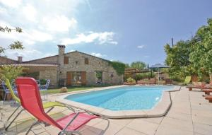 Photo of Holiday Home Qu Les Graveliers Senancole H 882