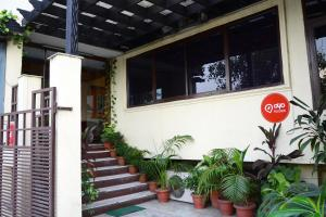 OYO Rooms Nizamuddin Railway Station 3, Nuova Delhi