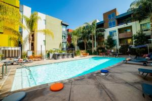 Photo of Hollywood Panorama Suites Apartment