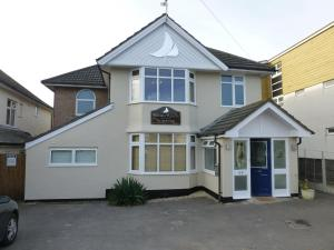 Waters Reach Guest House in Christchurch, Dorset, England