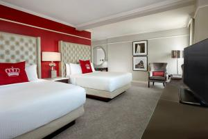 Deluxe Room - 2 Queen Beds