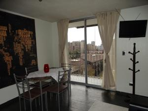 Studio Apartment 706-1