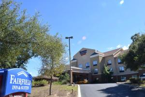 Photo of Fairfield Inn & Suites By Marriott San Antonio Sea World / Westover Hills