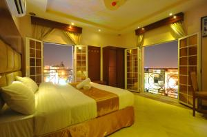 Photo of Hadeiat Kindah Hotel Suites