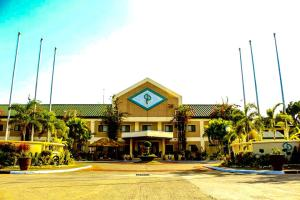 Photo of Luisita Central Park Hotel