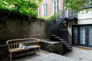 Four-Bedroom Apartment - Jane Street Townhouse