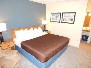 AmericInn Lodge & Suites Sturgeon Bay, Hotel  Sturgeon Bay - big - 29