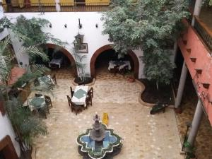 Photo of Hotel Villa Real Plaza