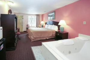 Deluxe King Room with Spa Bath- Non-Smoking