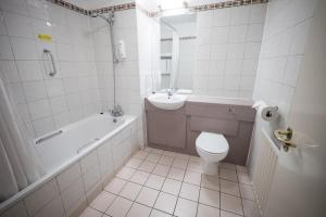 Double Room (2 Adults Only)