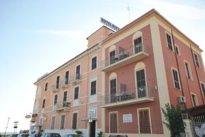 Hotel Miramare, Hotely  Ladispoli - big - 26