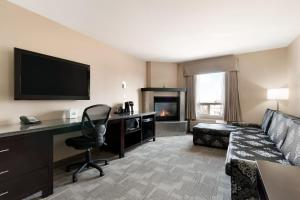 Two-Bedroom Executive King Suite with Sofa Bed - Non-Smoking