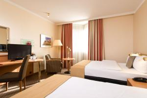 Leonardo Hotel Mannheim City Center, Отели  Мангейм - big - 8
