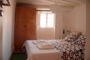 Courtyard House in Alfama, Apartments  Lisbon - big - 8