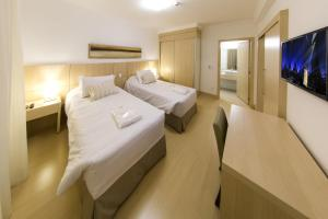 Superior Suite with 2 Single Beds