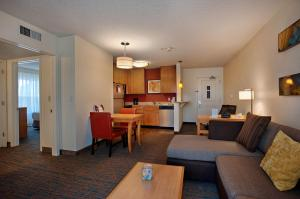 Residence Inn by Marriott Atlantic City Airport Egg Harbor Township, Hotel  Egg Harbor Township - big - 8