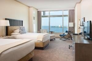Double Room with Two Double Beds and Bay View