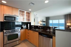Oceanfront One-Bedroom King Suite