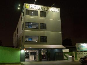 Photo of Hotel Tropical