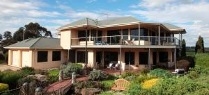 Photo of Hilltop Apartments Phillip Island