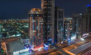 Lodging Emirates Grand Hotel Apartments, Dubai