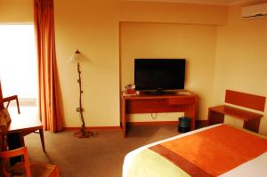 Executive Queen Room with Sea View