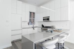 Three-Bedroom Apartment - Beekman Townhouse