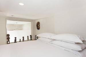 Two-Bedroom Apartment - Cross Lane Place