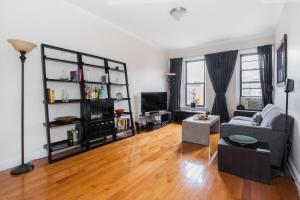 One-Bedroom Apartment - Arden Place